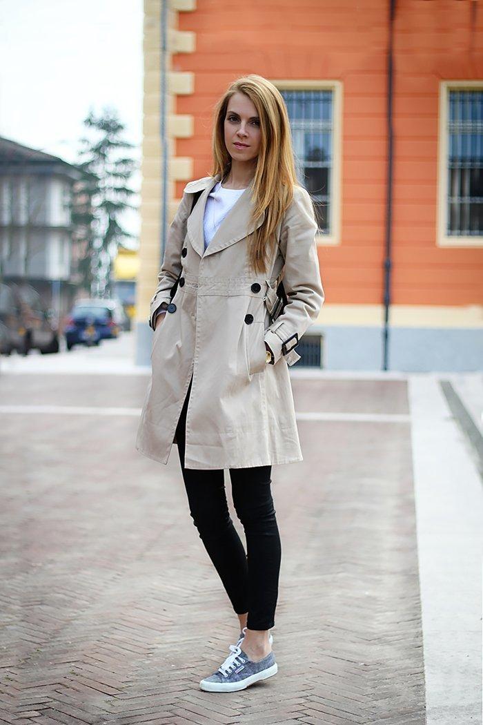 583481e9e6dc Джинсы для девушек (56 фото)  с чем носить, стильные модели ...