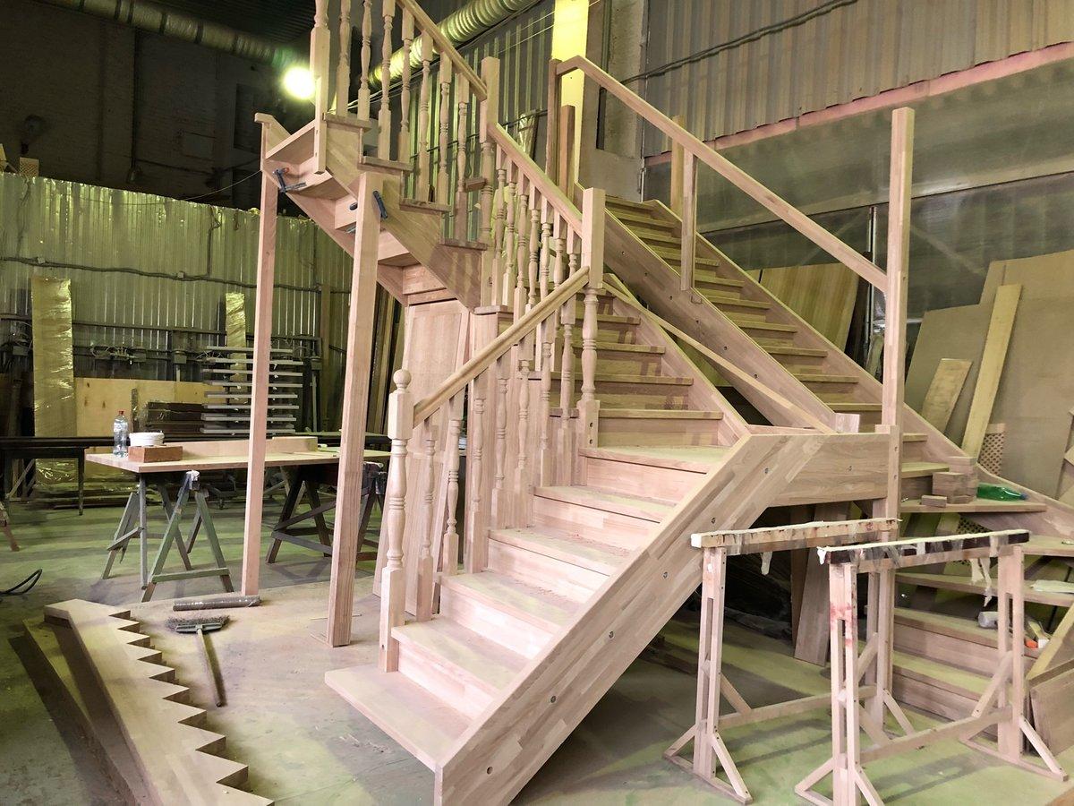 фото изготовления монтажа лестницы наслышан