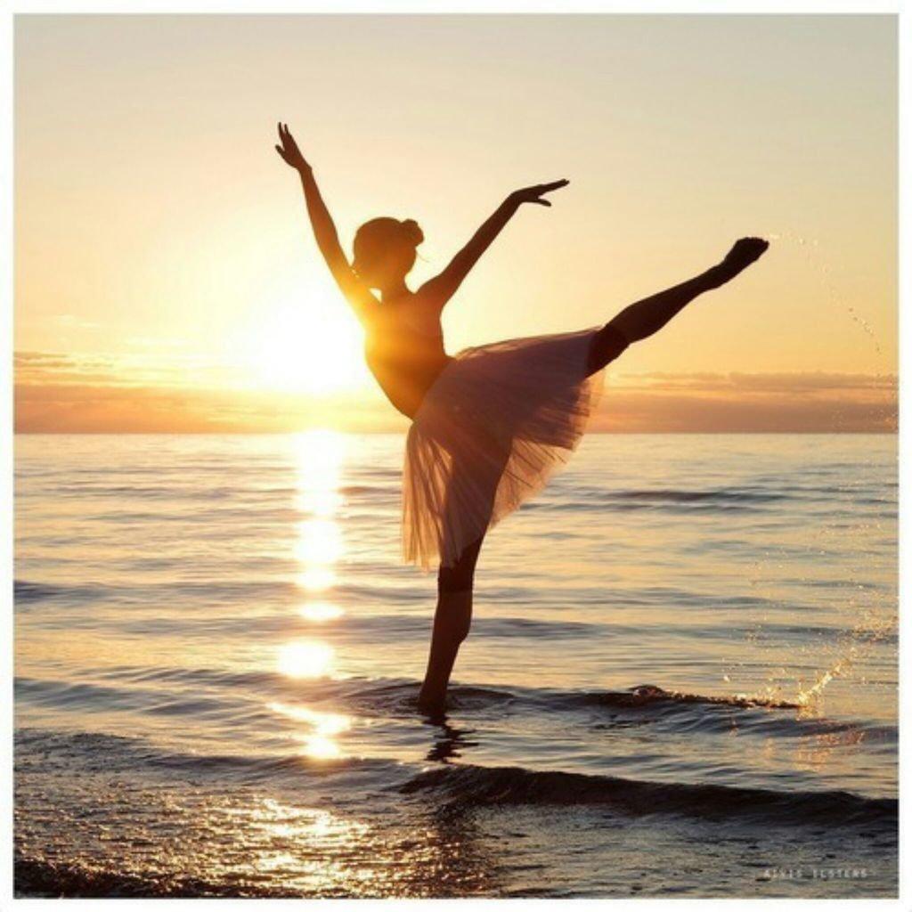 картинки с балеринами на закате