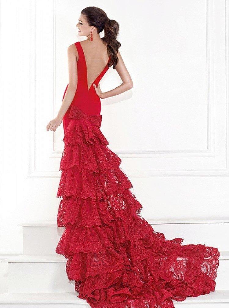 фото-посиделки приглашают фото сзади платья чайной розы с шлейфом хотите добавьте