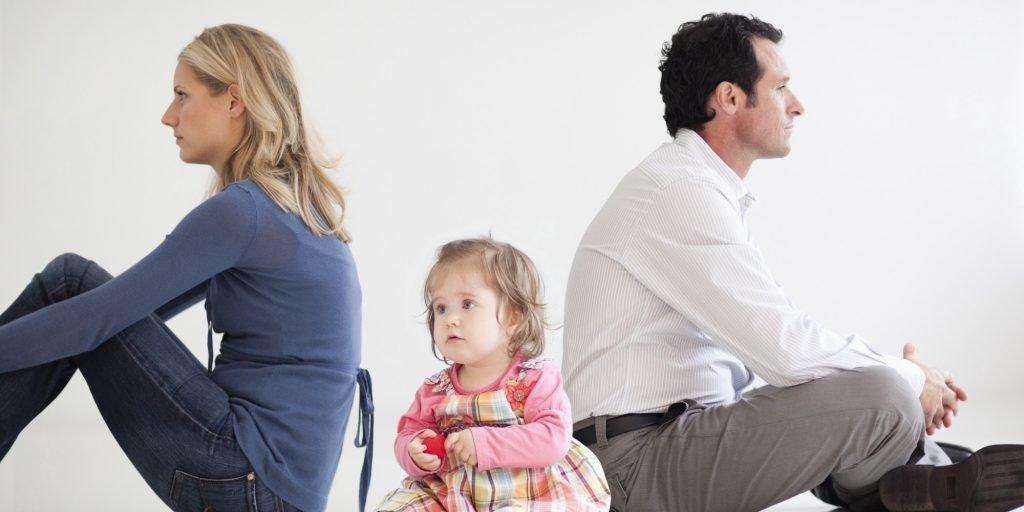 кому достанется ребенок при разводе