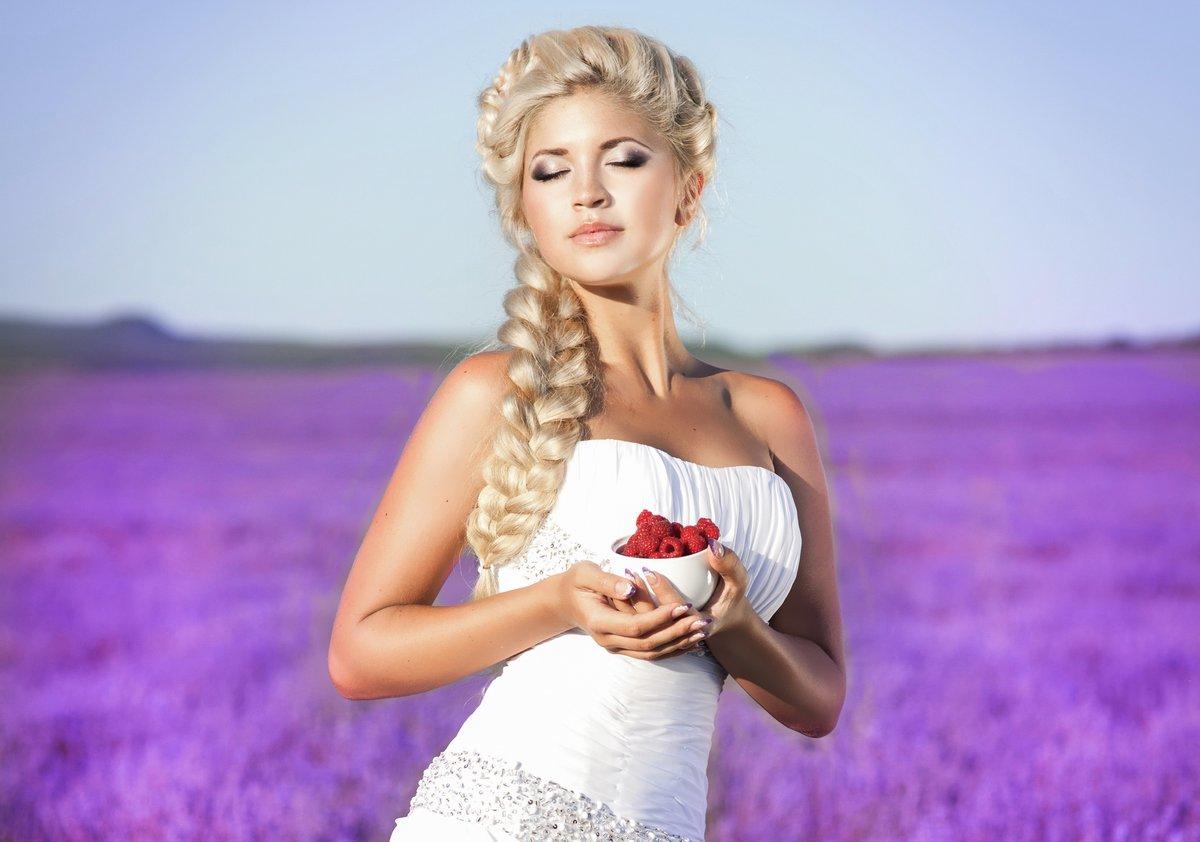 Судороги фото блондинка с косой латинка лижут