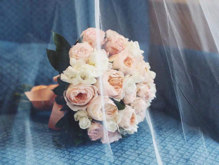 Свадебные букет из чайных роз