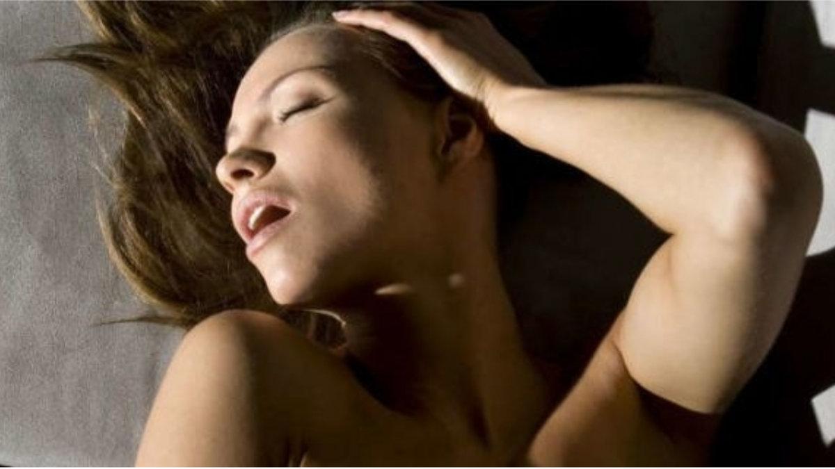 Women having orgasms slowmotion, hollywood funking nude image