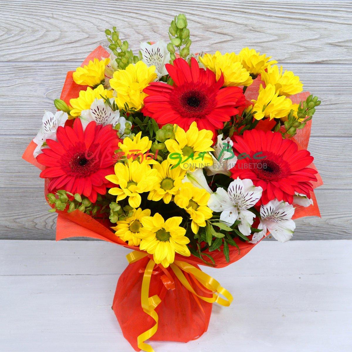 Подарочный букет из гербер и хризантем фото, роз доставка