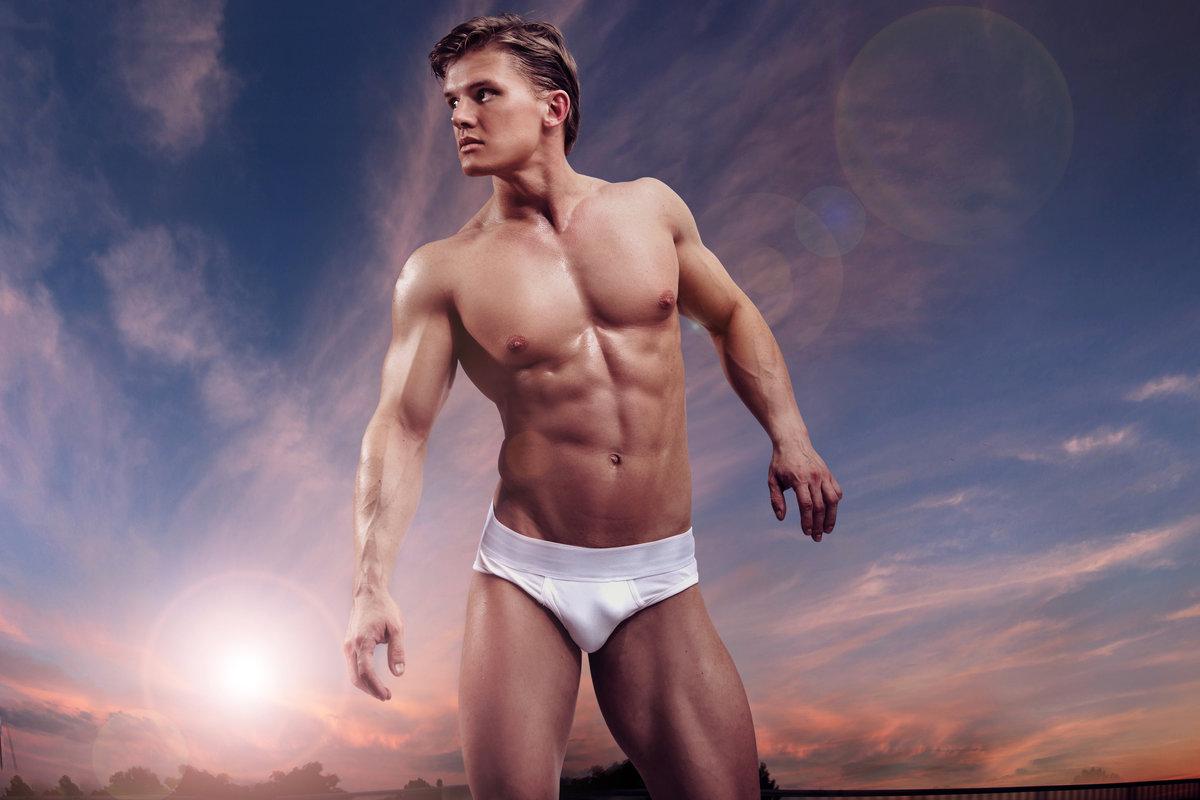 смотреть голые мужские торсы