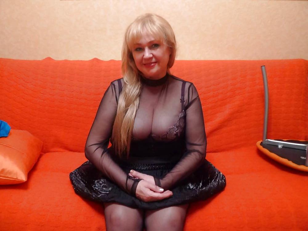 Зрелые женщиныв возрасте онлайн