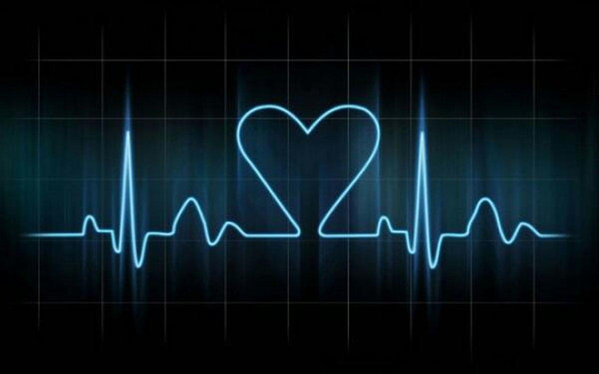 Картинки биение сердца люблю тебя, открытка марта конфетой