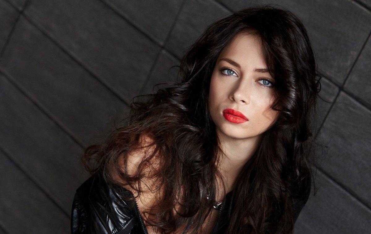 Фото молодых знаменитых русских актрис, Современные молодые российские актрисы (Список.) 16 фотография
