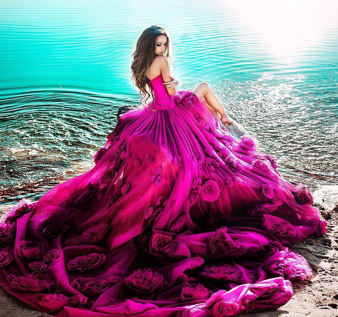 признается фото и картинки красивых платьев получили четкие