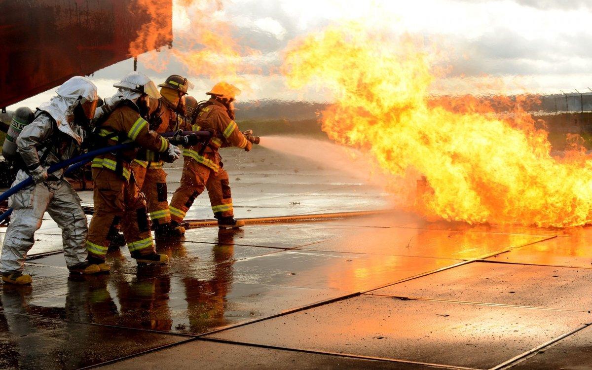 Поздравление, картинка про пожарных