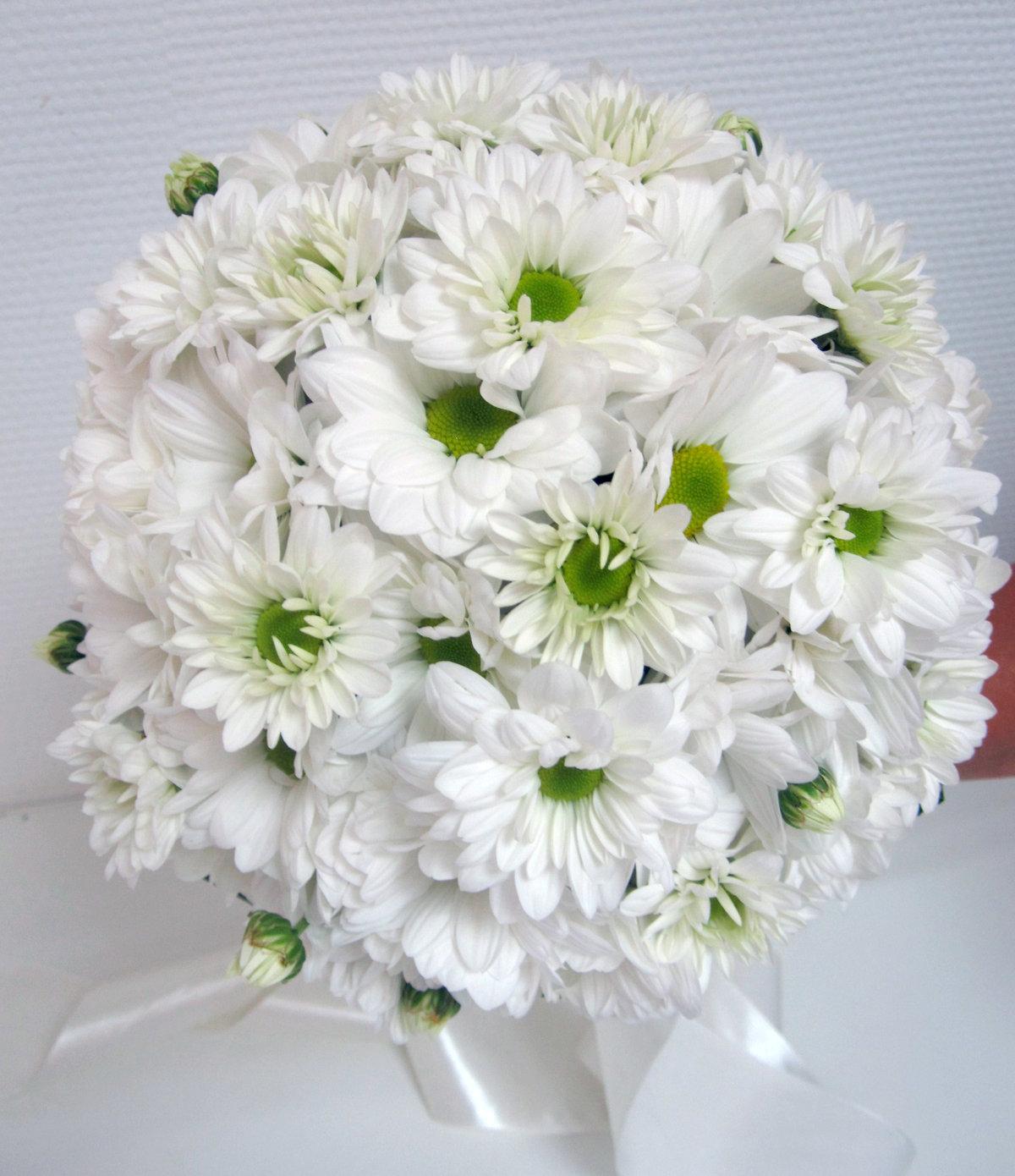 Кустовая хризантема свадебный букет