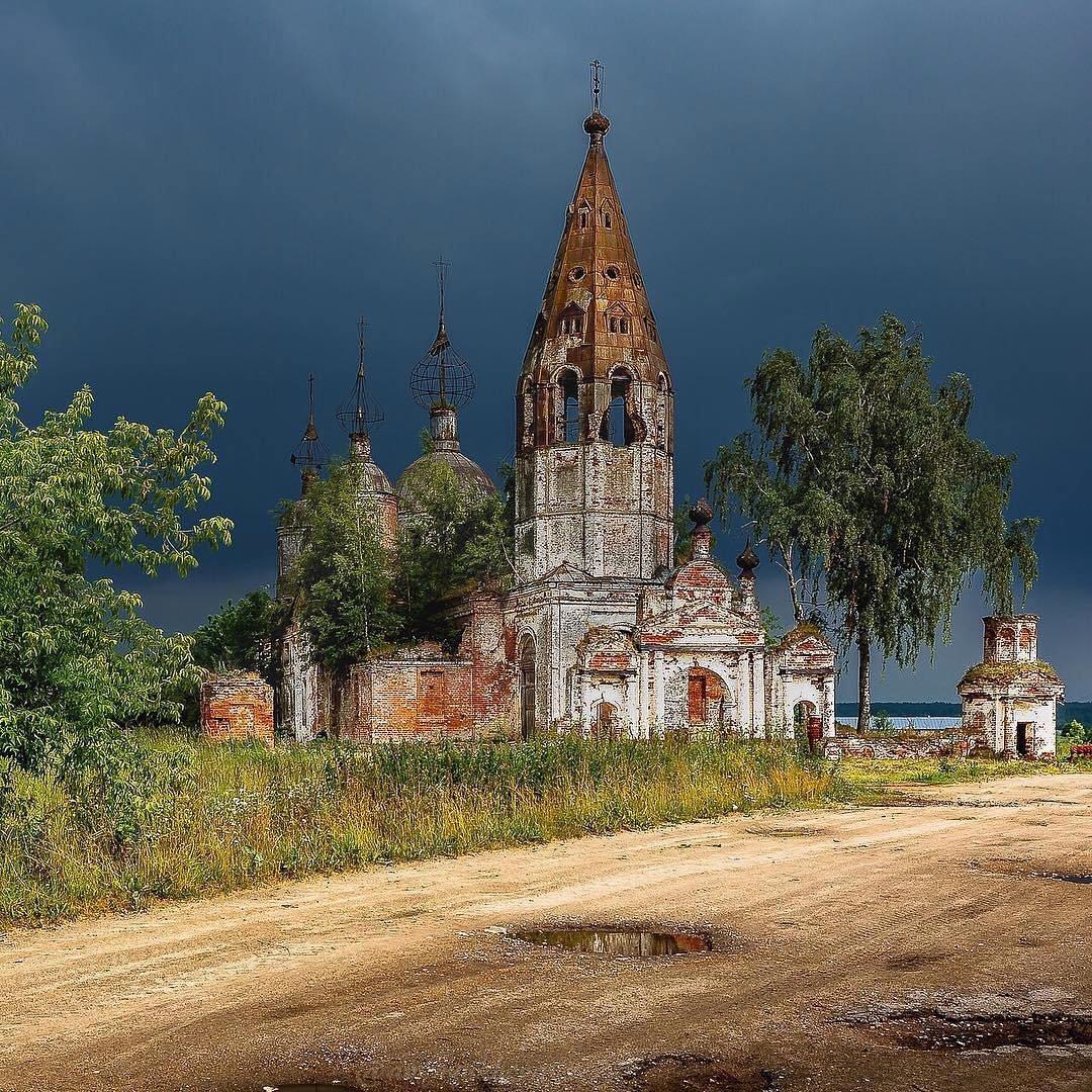 церкви ярославской области фото приходят гулять