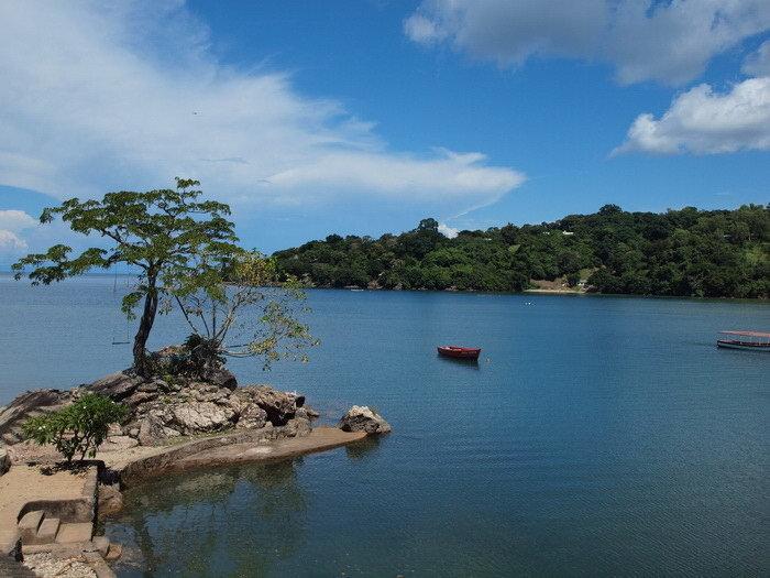 Картинка озеро малави
