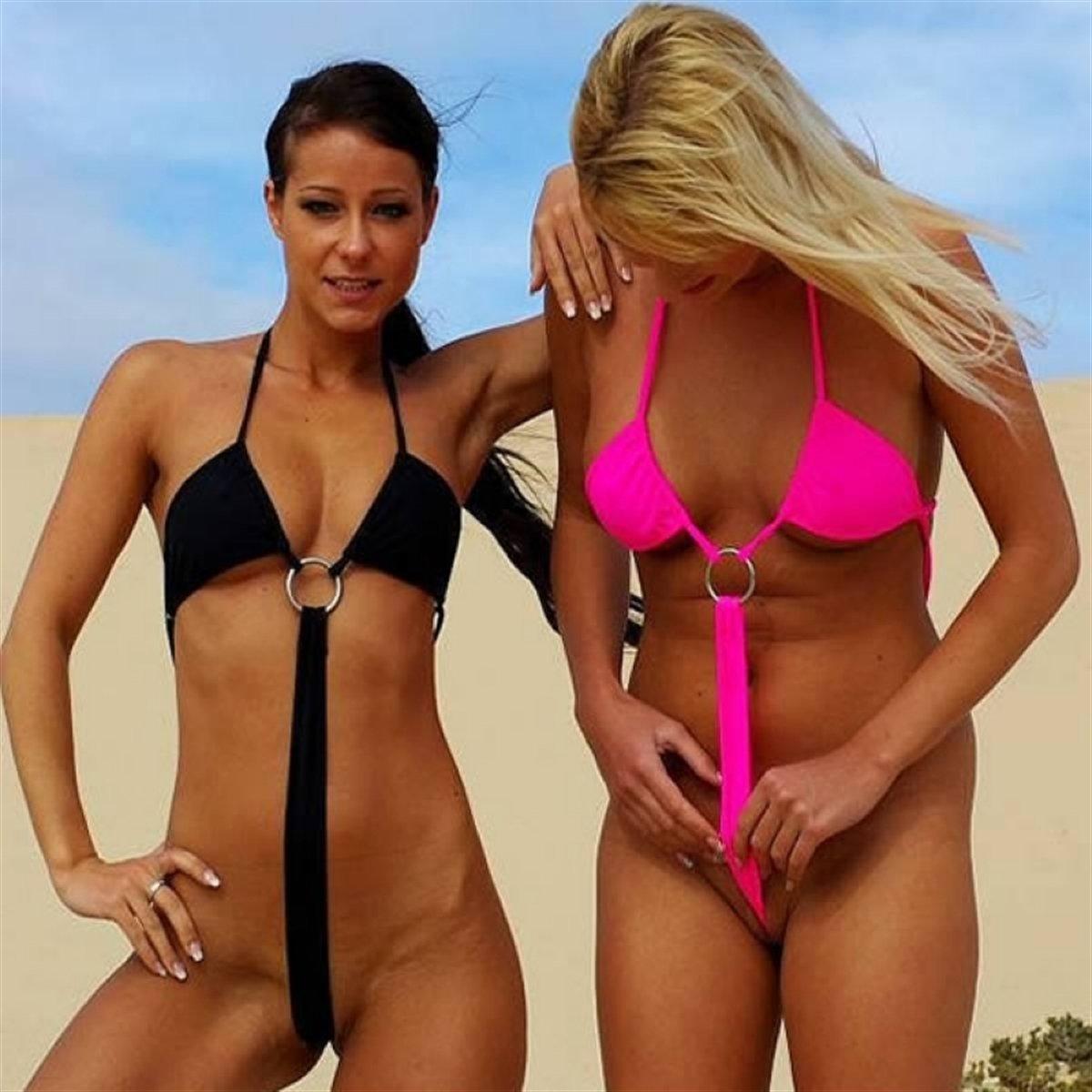 прозрачный экстремальный бикини на пляже фото - 6