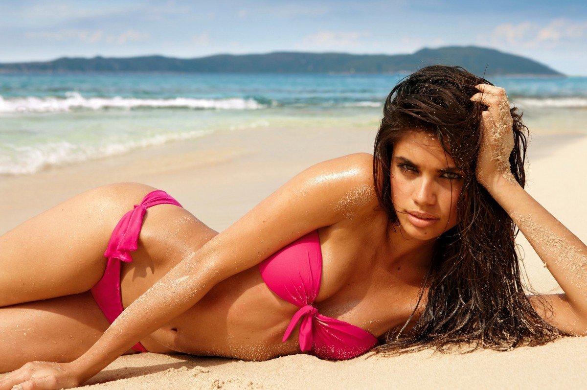 пляжные красавицы фотосессия без купальников толстенькую, увы