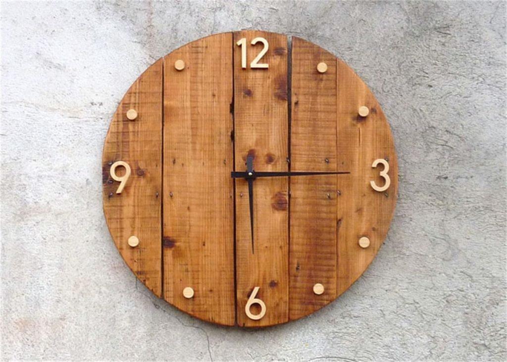 Часы настенные c кукушкой trenkle q немецкие кварцевые.