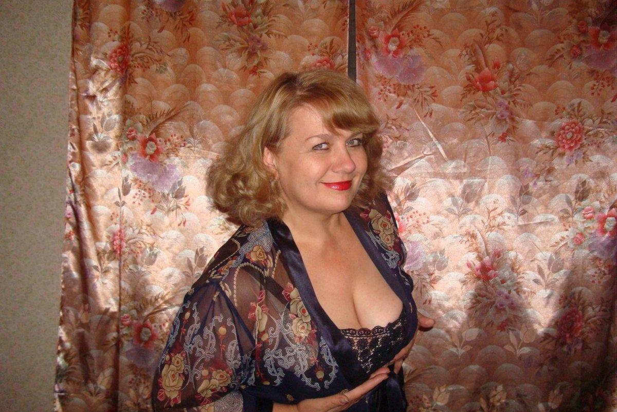 занимаются сексом фото домашнее зрелых жен заебатый зоопарень жадно