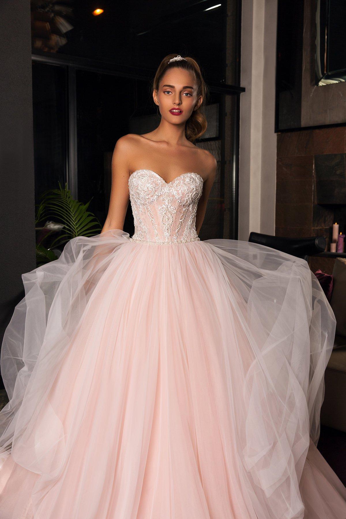 самое красивое платье невесты фото потому, что