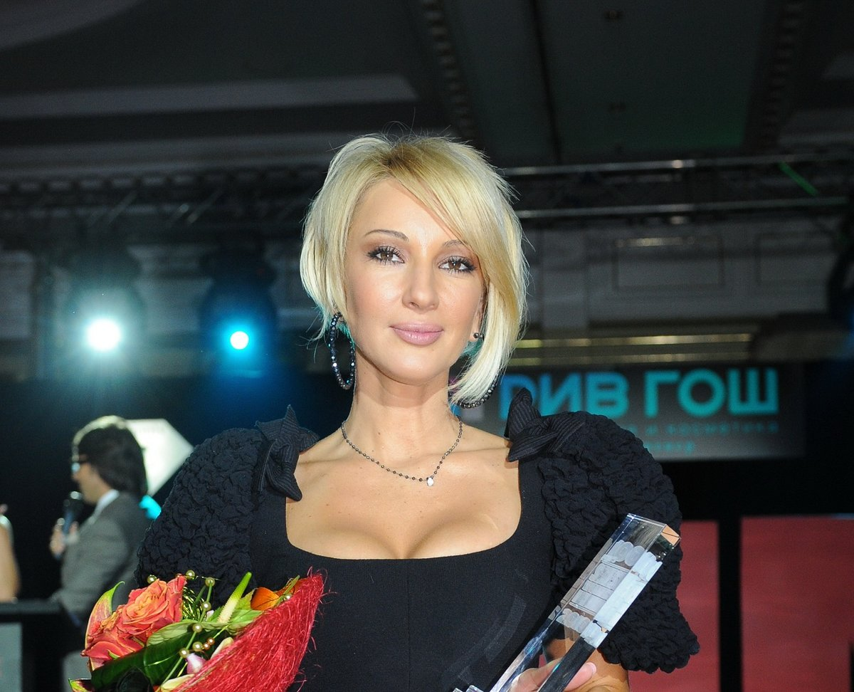 Фейки лера кудрявцева, Голая Лера Кудрявцева в журналах «Максим» и «Плейбой» 12 фотография