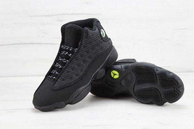5211a7547454 Кроссовки Nike Air Retro 4 зимние. Баскетбольные кроссовки 4 Перейти на  официальный сайт производителя.