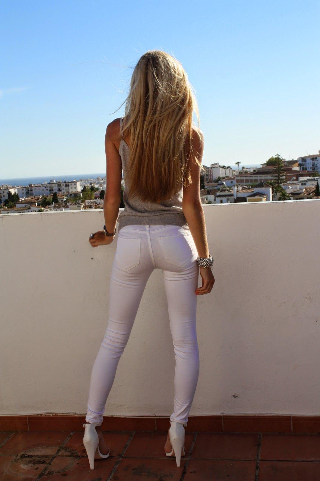 Young girl tight butt nude arab girl