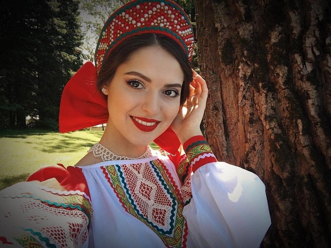 видео русские девушки в хорошем качестве сказать старой русской