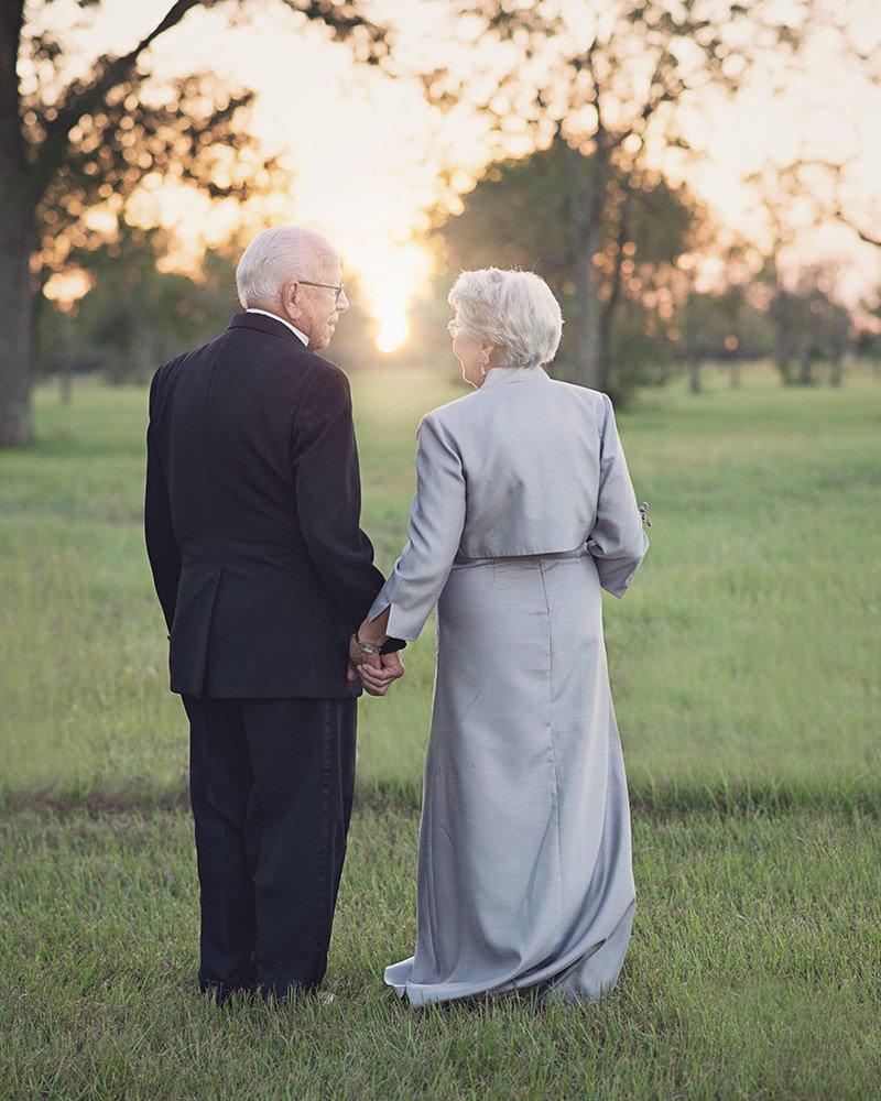 картинки днем свадьбы для людей в возрасте бугорки очень мелкие
