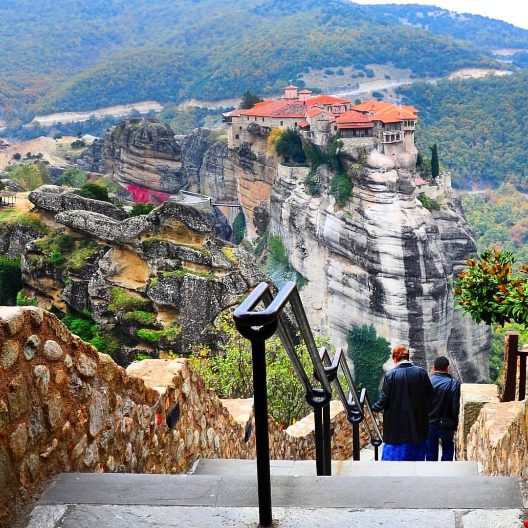 некоторым метеоры в греции фото туристов это казалось диким