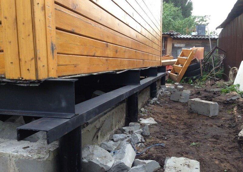 подъем дома на свайный фундамент