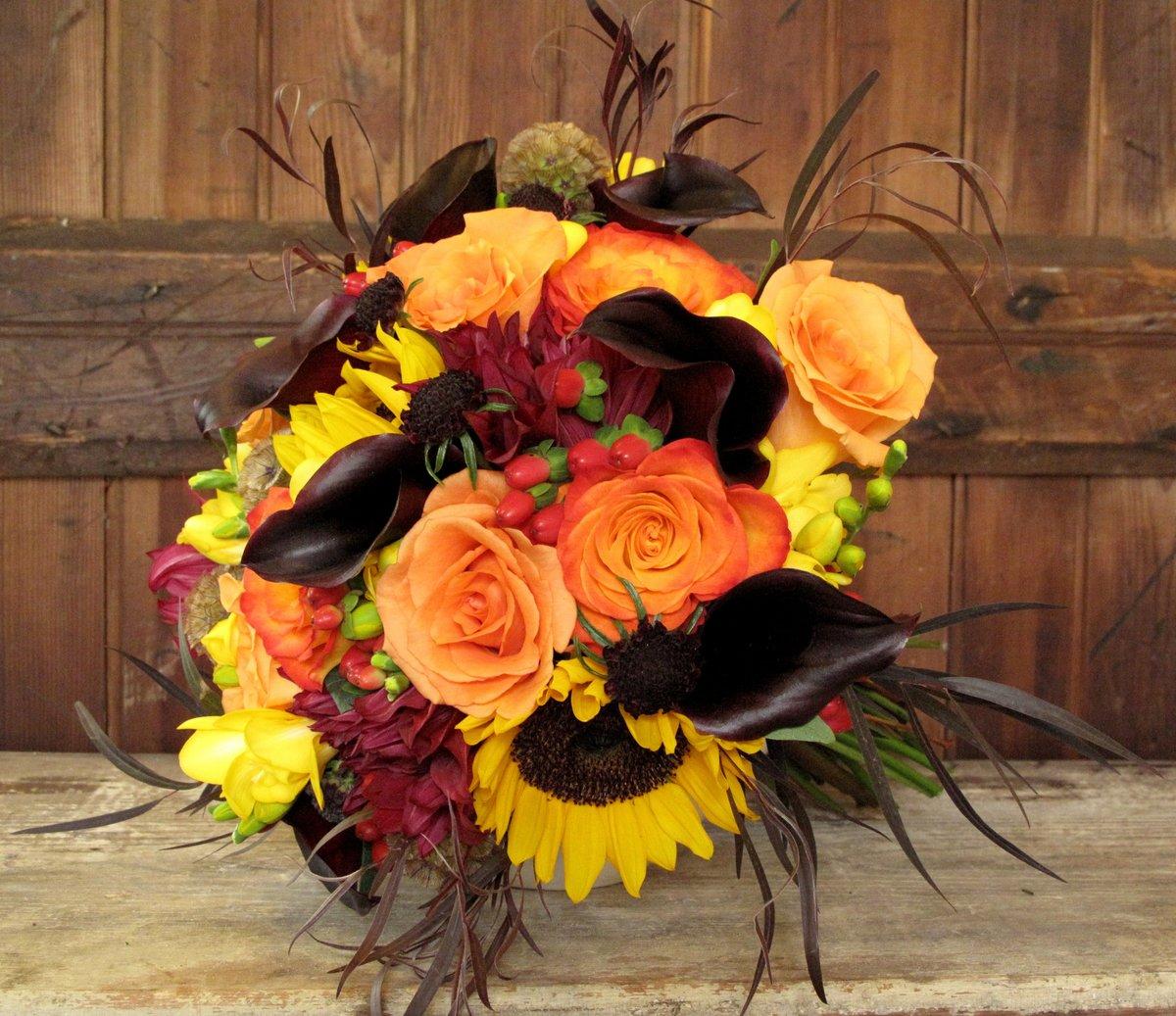 Букеты из необычных цветов купить