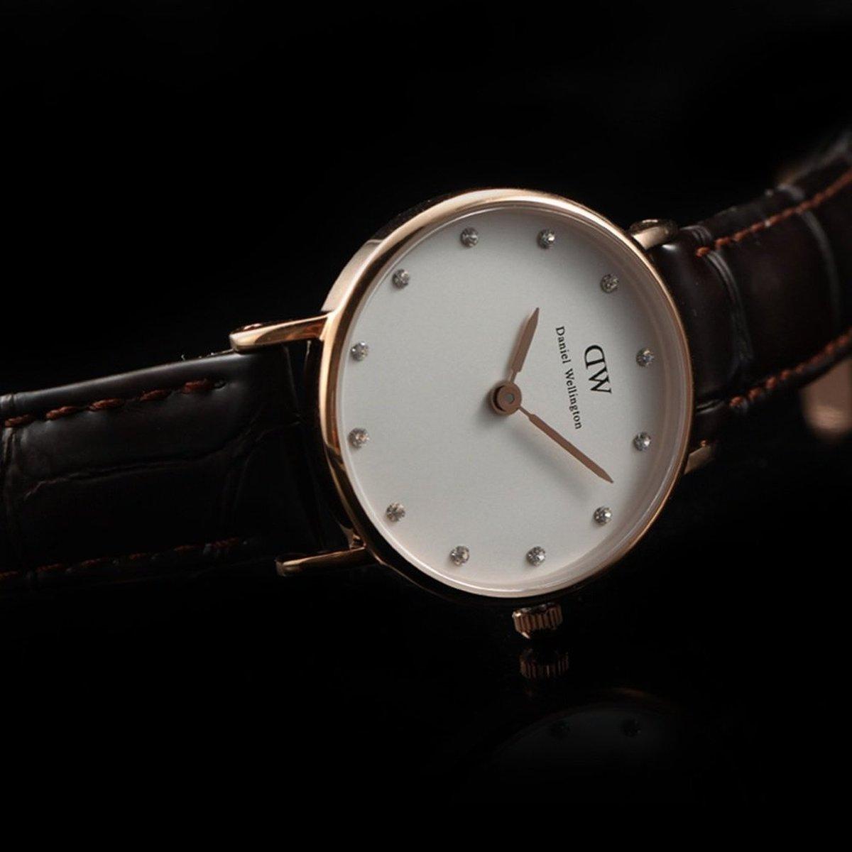 И вот идеальная модель была создана — тонкие, изысканные, в классическом круглом корпусе часы получились по-скандинавски традиционно минималистичными и имели не слишком много деталей.