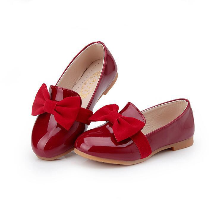 Красные туфли для девочек картинки