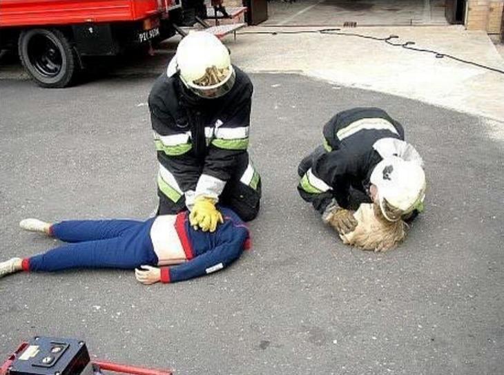Смешная картинка спасателя, картинки курильщиков поздравление