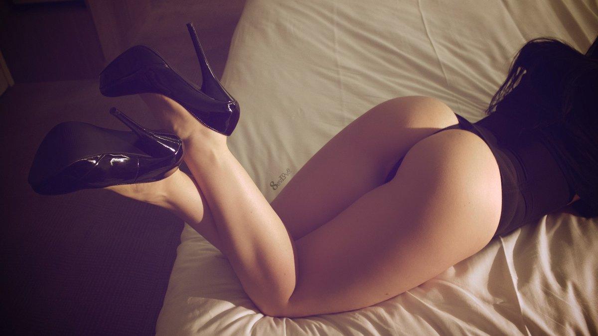 красивые женские ноги и попки фото сайте ищите