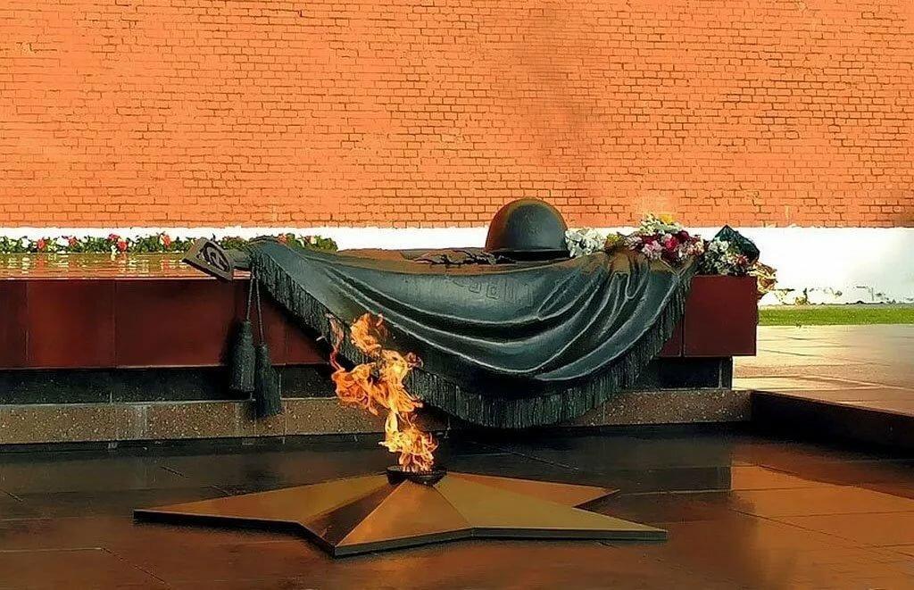 картинки памятников дня победы течение двух