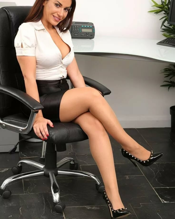 Sexy office girls movies — img 1