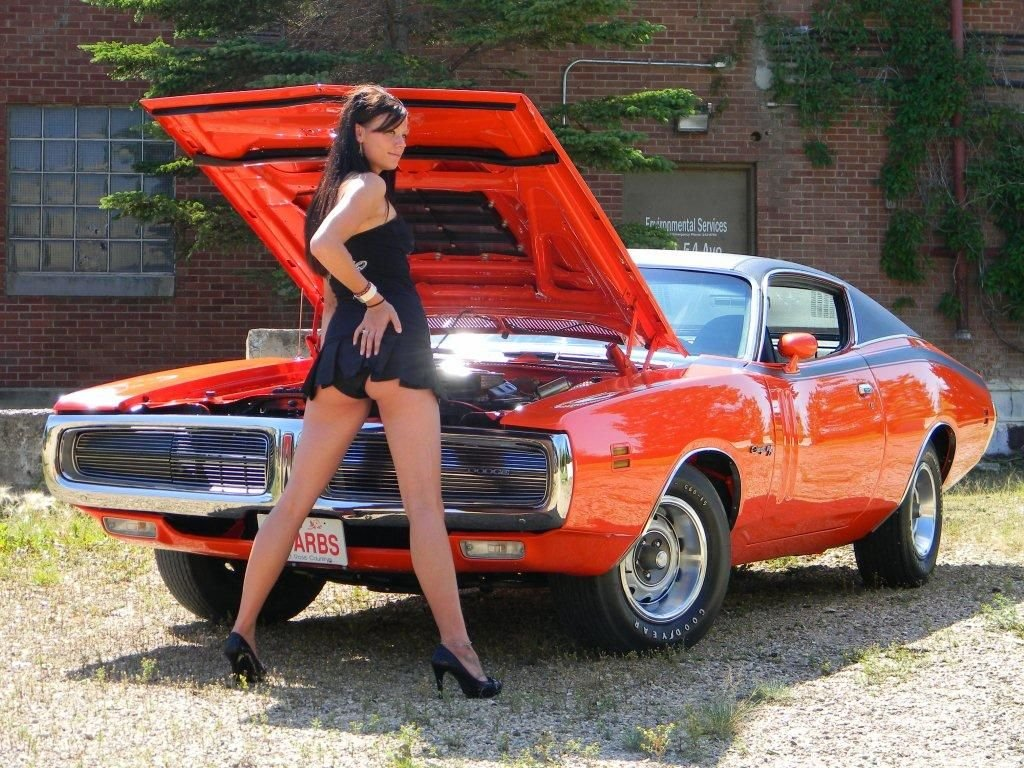 naked-girls-on-dodge-chargers-pretty-mature-women-fuck