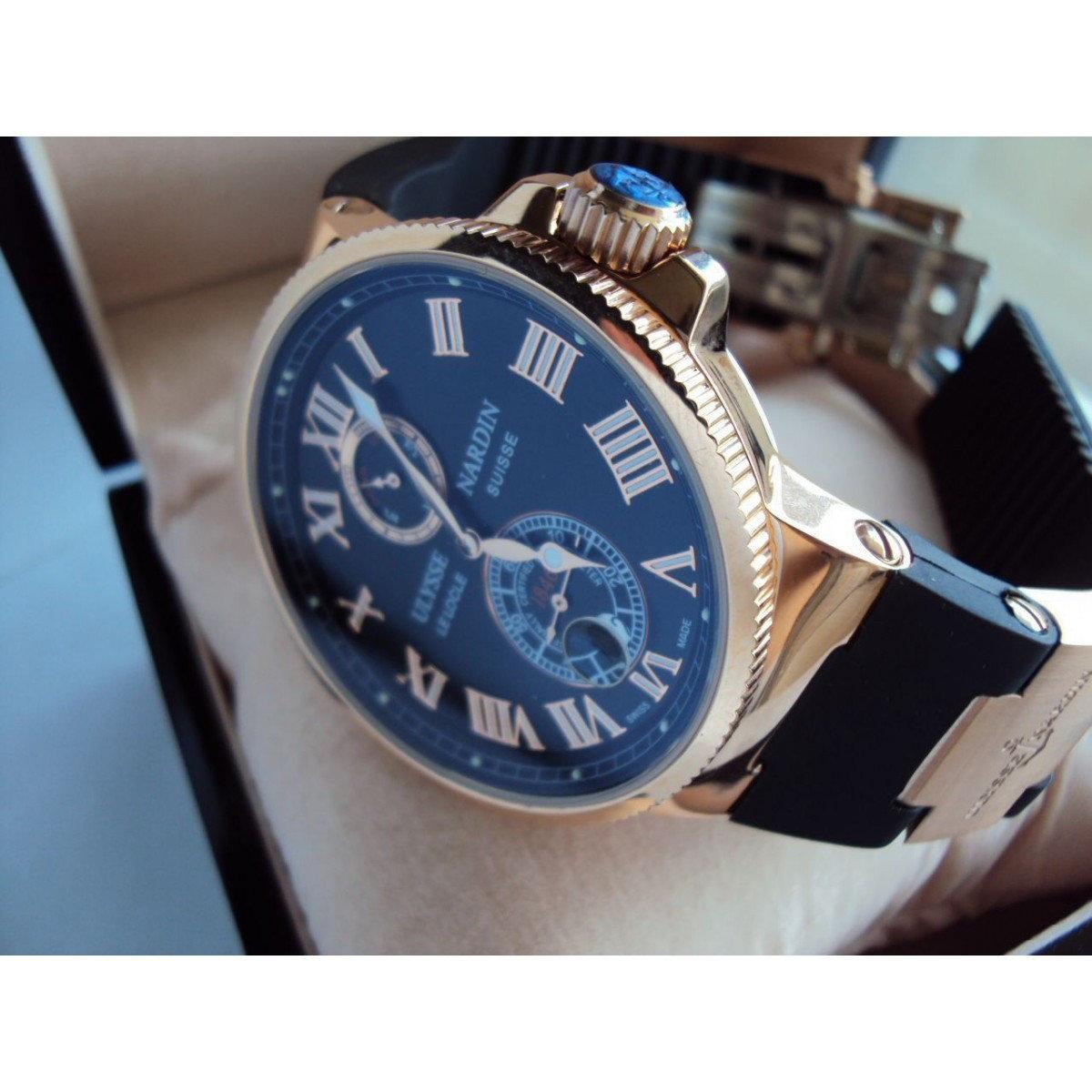К сожалению поддельные часы могут быть очень хорошо исполнены по стилистике и по качеству.