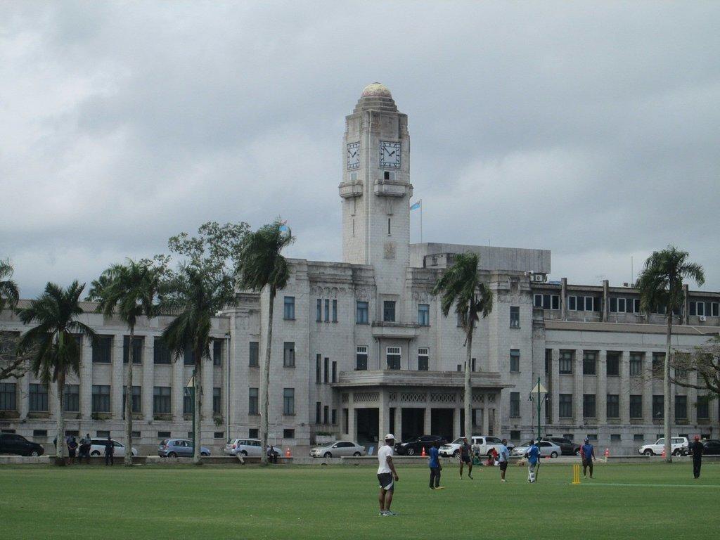 целом, фото здания резервного банка фиджи говорил