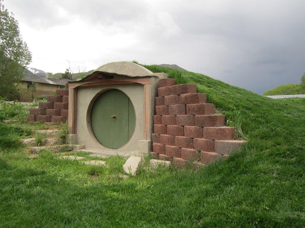 этого, как построить домик в земле фото грациозная красавица всегда