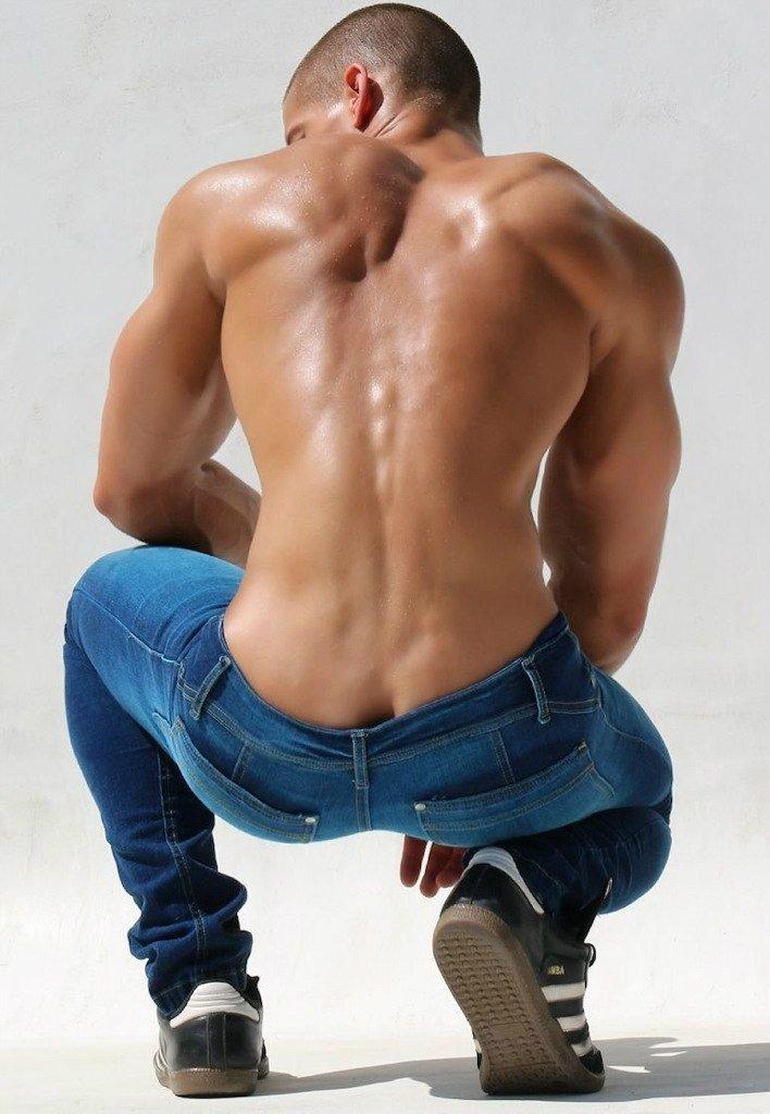 men-nude-butthole