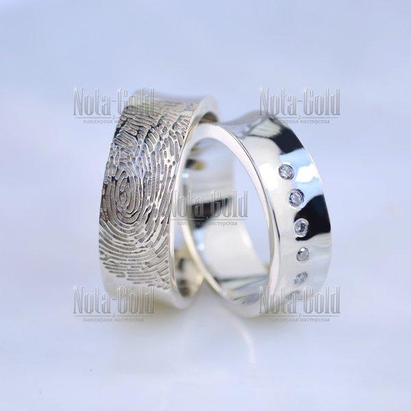883c51d2de01 Обручальные кольца вогнутые с отпечатками пальцев и бриллиантами из белого  золота (Вес пары  14