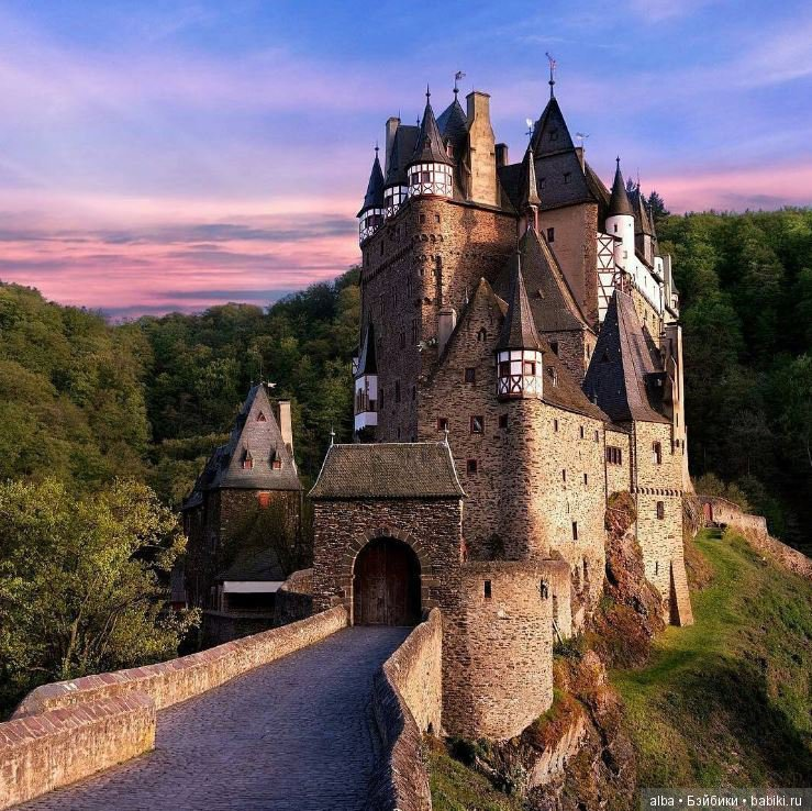 том, картинки с замками средневековья для
