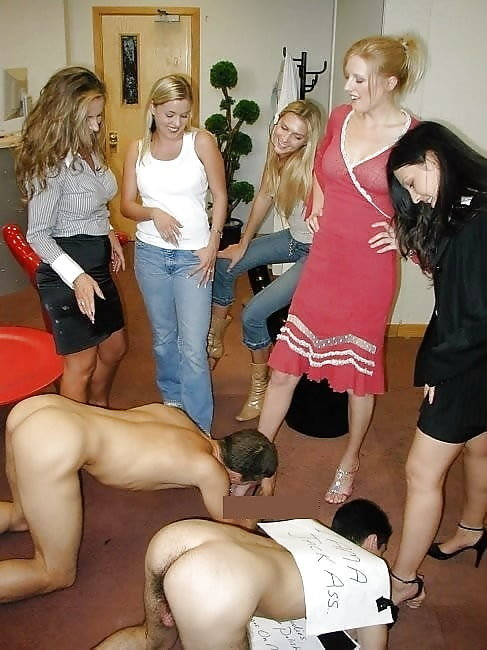 hot-nude-group-of-women-dominate-men-girl