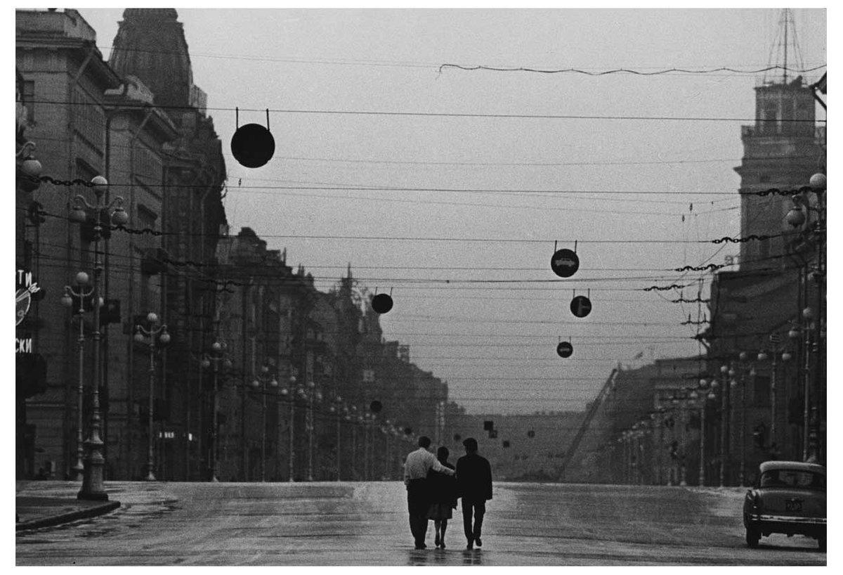 картинки черно белые дождь проспекты можно сшить как