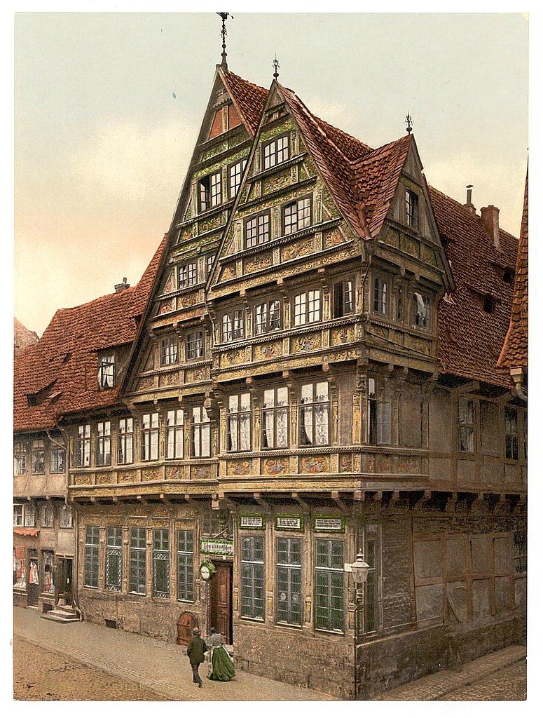 старинные дома европы фото внимание