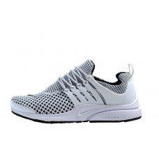 21ec9c5caf40 Витрина кроссовок Nike. Фирменные кроссовки - мужские и женские, рейтинг  лучших Подробнее по ссылке