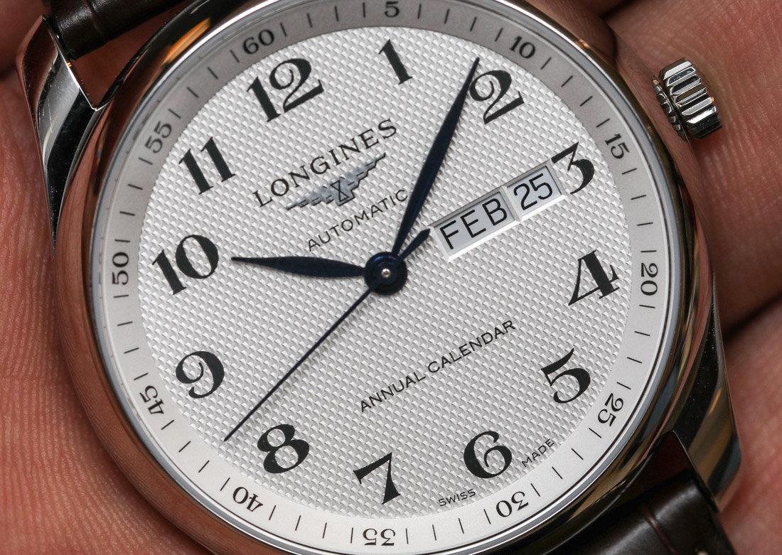 Заказом доволен, перед оплатой можно посмотреть на часы затем оплатить.