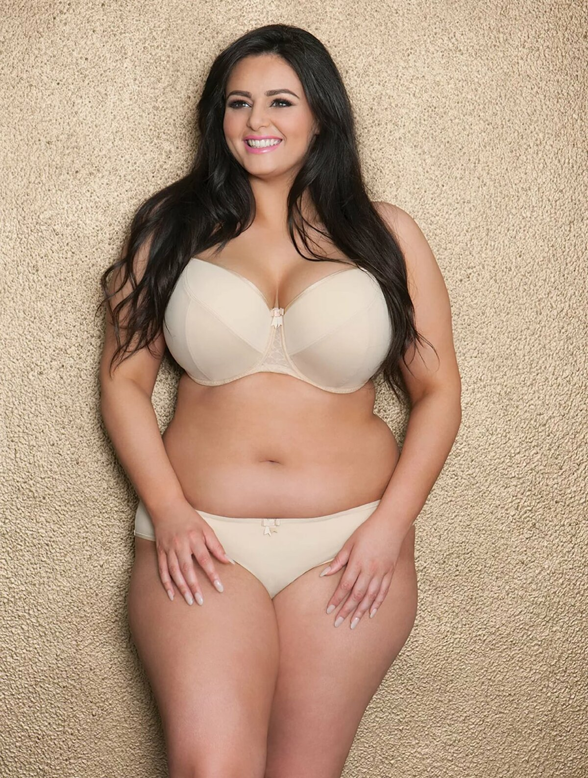 plus-size-beauties-galleries
